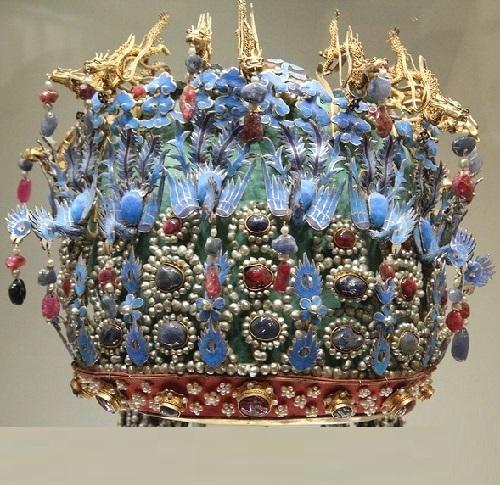 Chinese-Phoenix-Crown.-Ming-Dynastys-Empress-Headdress-detail