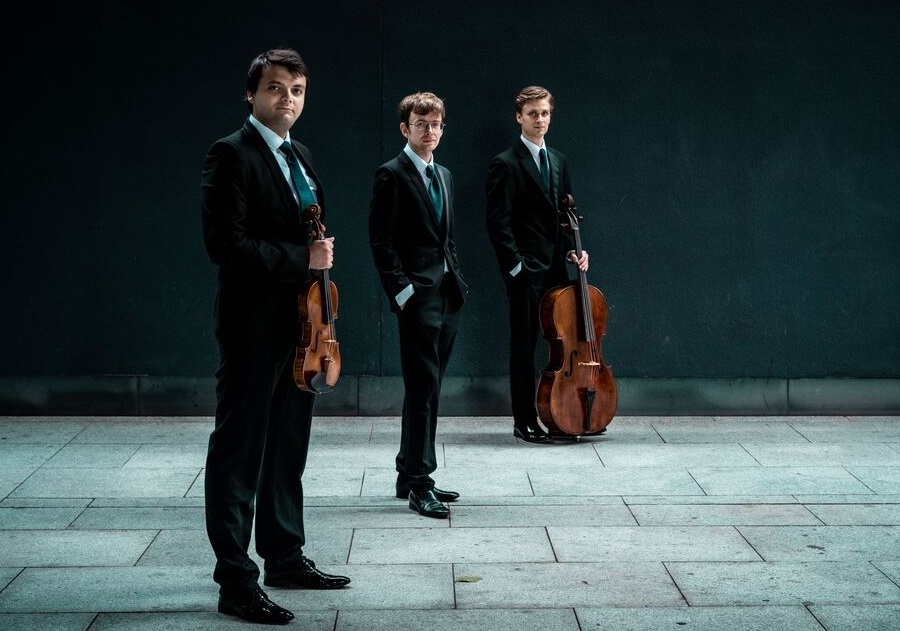 mithras-trio-105_orig